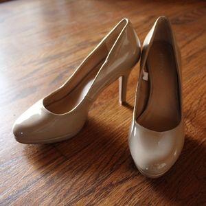 Nude Merona Heels Size 5.5